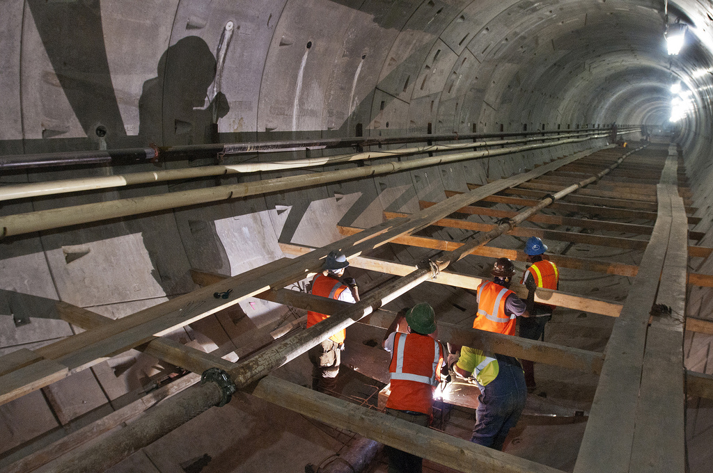 Lawmakers eye public works reform, elevator safety and farmworkers' rights.