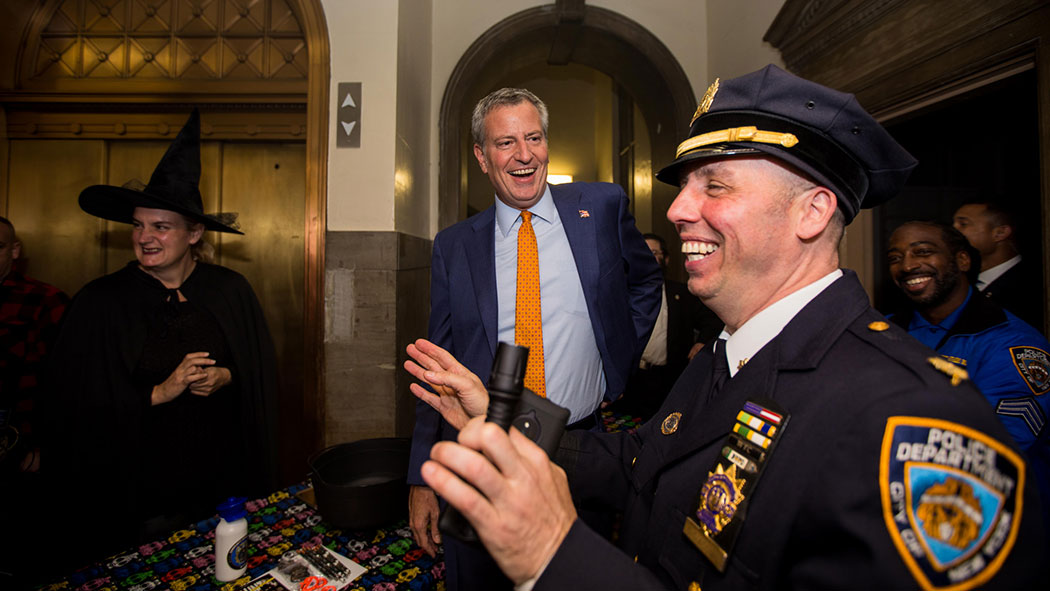 New York City Mayor Bill de Blasio visits the 78th precinct's haunted house on October 26, 2017.