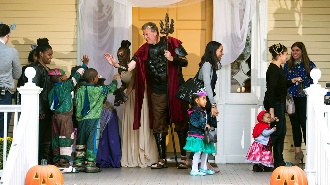 Mayor Bill de Blasio and First Lady Chirlane McCray host Gracie Mansion's Halloween Open House.