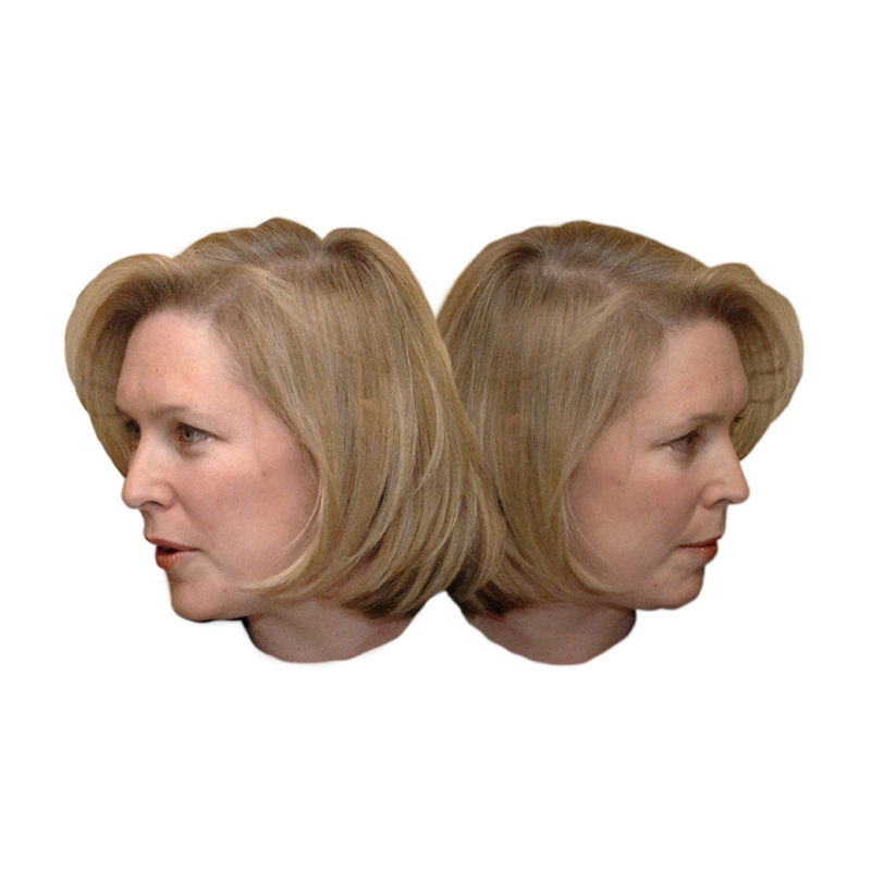 Kirsten Gillibrand facing in two different directions