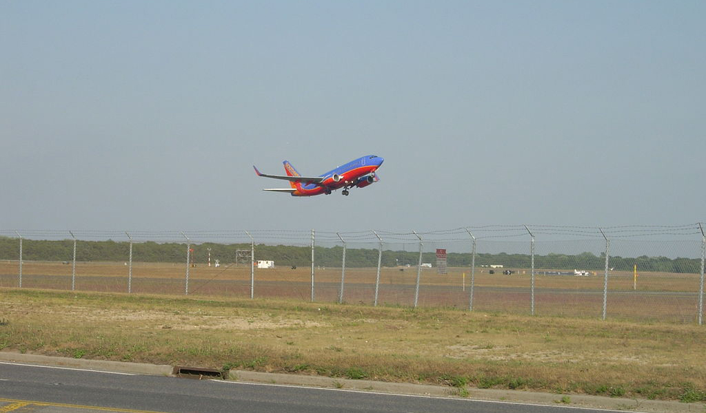 An airplane takes off at MacArthur airport