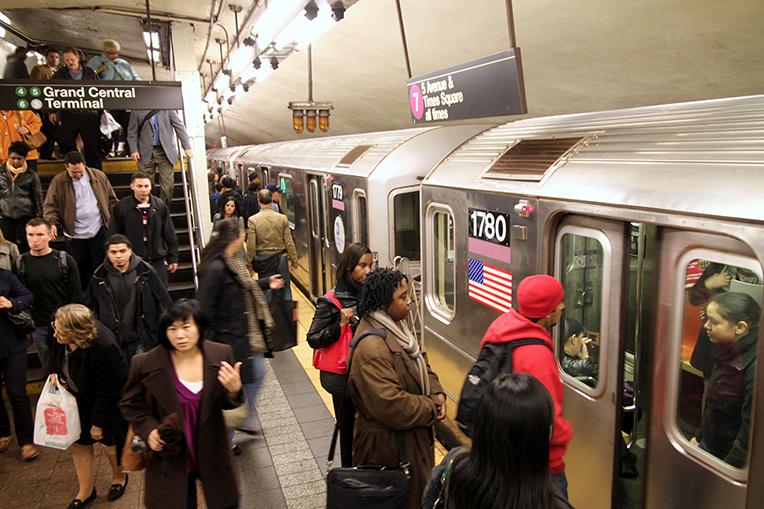 Crowded NYC subway