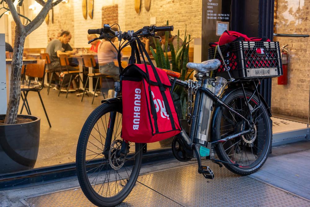A bike with a GrubHub bag in New York City.