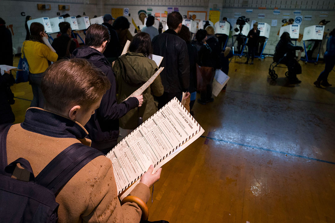 Voters waited in long lines to cast their vote.